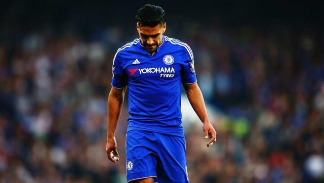 dcbf323a3ce Tandis que Chelsea est l un des clubs les plus performants de l ère de la  Premier League et qu ils ont acquis une réputation de finesse sur le marché  des ...