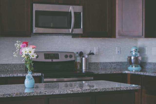 Küche Sauber Halten | Die Anleitung Der Beschaftigten Mutter Die Kuche Sauber Zu Halten