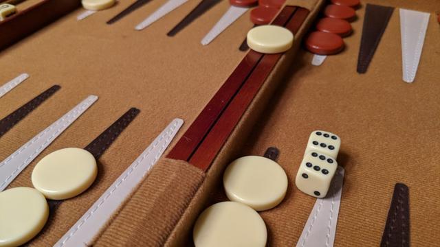 Wie Spielt Man Backgammon