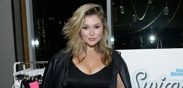 Body-Positive Model Hunter McGrady Flaunts Curvaceous Figure as She Rides Swan Pool Float on Instagram