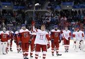 Czechs beaten by Russians, will face Canada for bronze