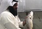 【グルメ・肉】こんな魚の焼き方見たことないっ!!