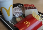 People are going insane over this McDonald's dessert hack