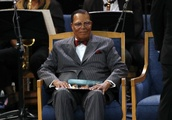 Farrakhan: America Is $22 Trillion In Debt And Broke, 'Begging The Government Is Folly'