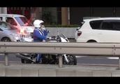 白バイ神対応!違反しそうな対向車にマイクで警告&交通機動隊が何度も注意するも無視し続けた違反車に怒りの緊急走行炸裂!白バイ隊員フォーカス編!Motorcycle police