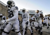 Penn State confiscates players' T-shirts before game