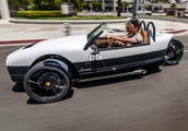 Vanderhall's 2020 Carmel GT Is a Race-Ready, 3-Wheel Go-Kart