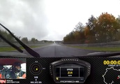 Porsche 911 GT2 RS Can't Catch Lambo Urus On A Wet Nürburgring