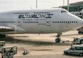 El Al bids farewell to 747 plane with sky art 'drawing'