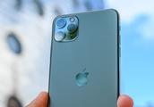 Apple's Activation Lock sends iPhones to the scrap heap instead of refurbishers