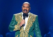 Steve Harvey mixes up Miss Universe contestants (again) and gets slammed for cartel joke