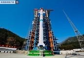 中国、技術実証衛星4基の同時打ち上げに成功