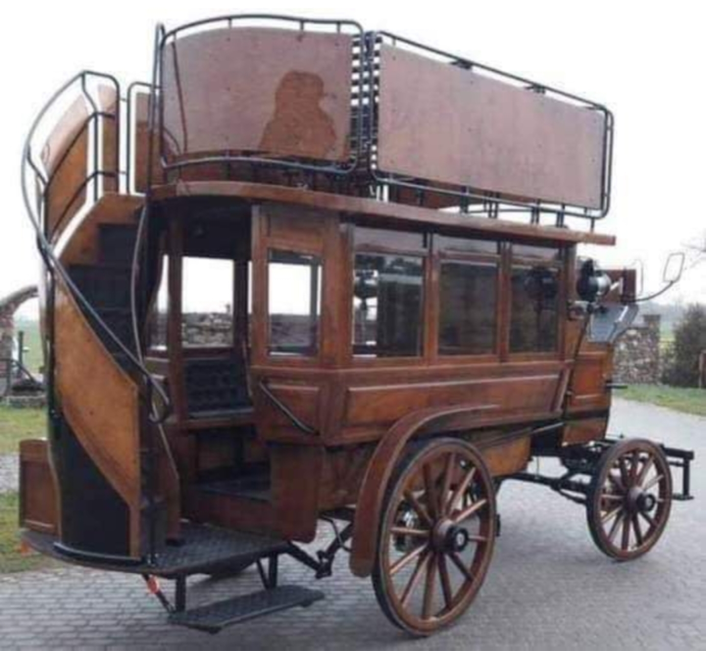 A horse-drawn bus from the 1890s
