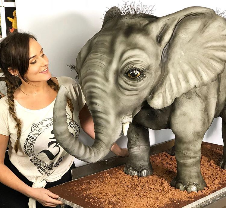 A Self-Taught Baker Creates 3D Cakes, and We'd Rather Starve Than Eat Them